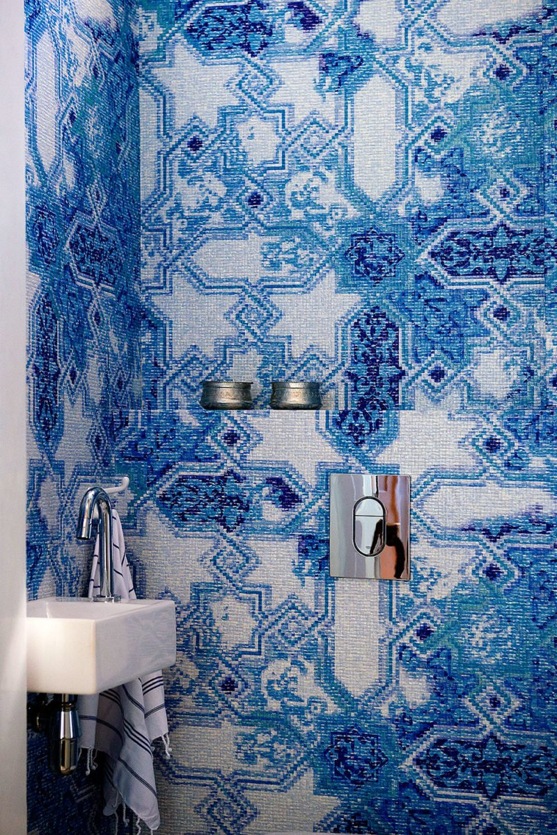 dutch interior design blue ornament wallpaper toilet