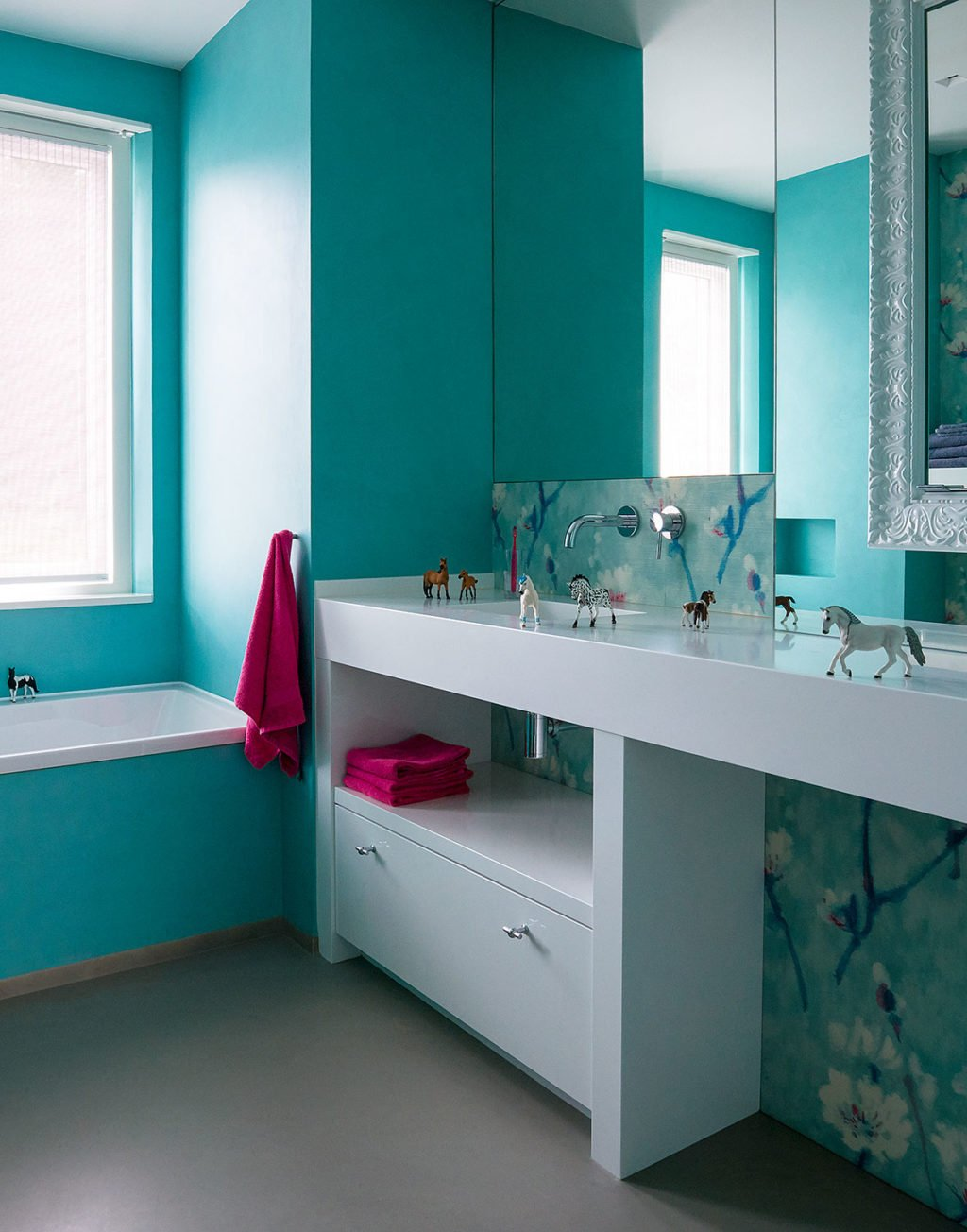 dutch interior design cyan bathroom pink details