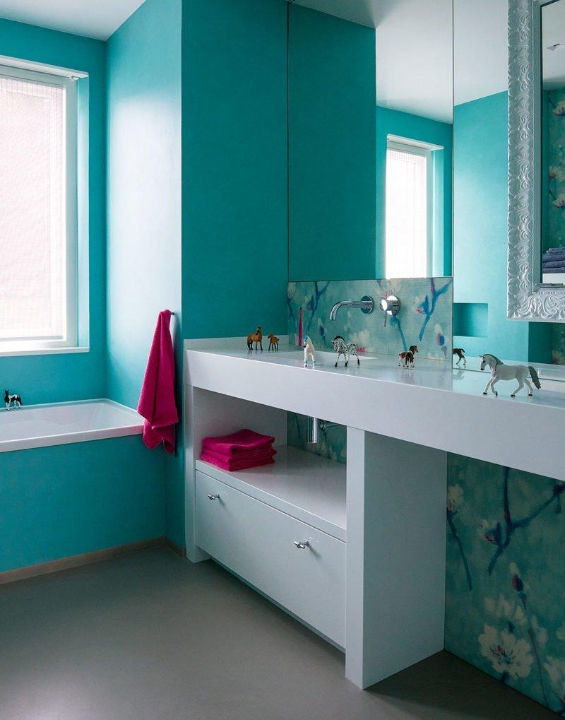 dutch interior design cyan bathroom pink details