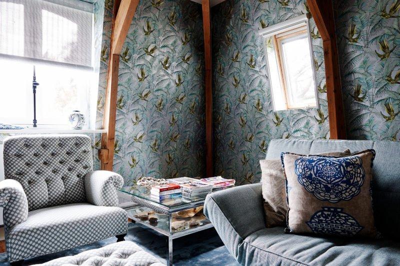stock dutch interior design dove wallpaper