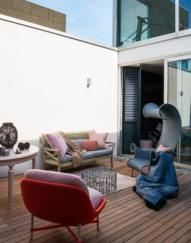 courtyard terrace