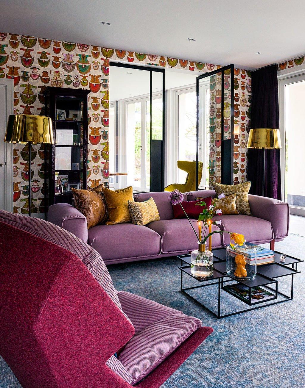 dutch interior design pink sofa chair gold pillow