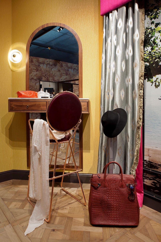 dutch interior design make up chair