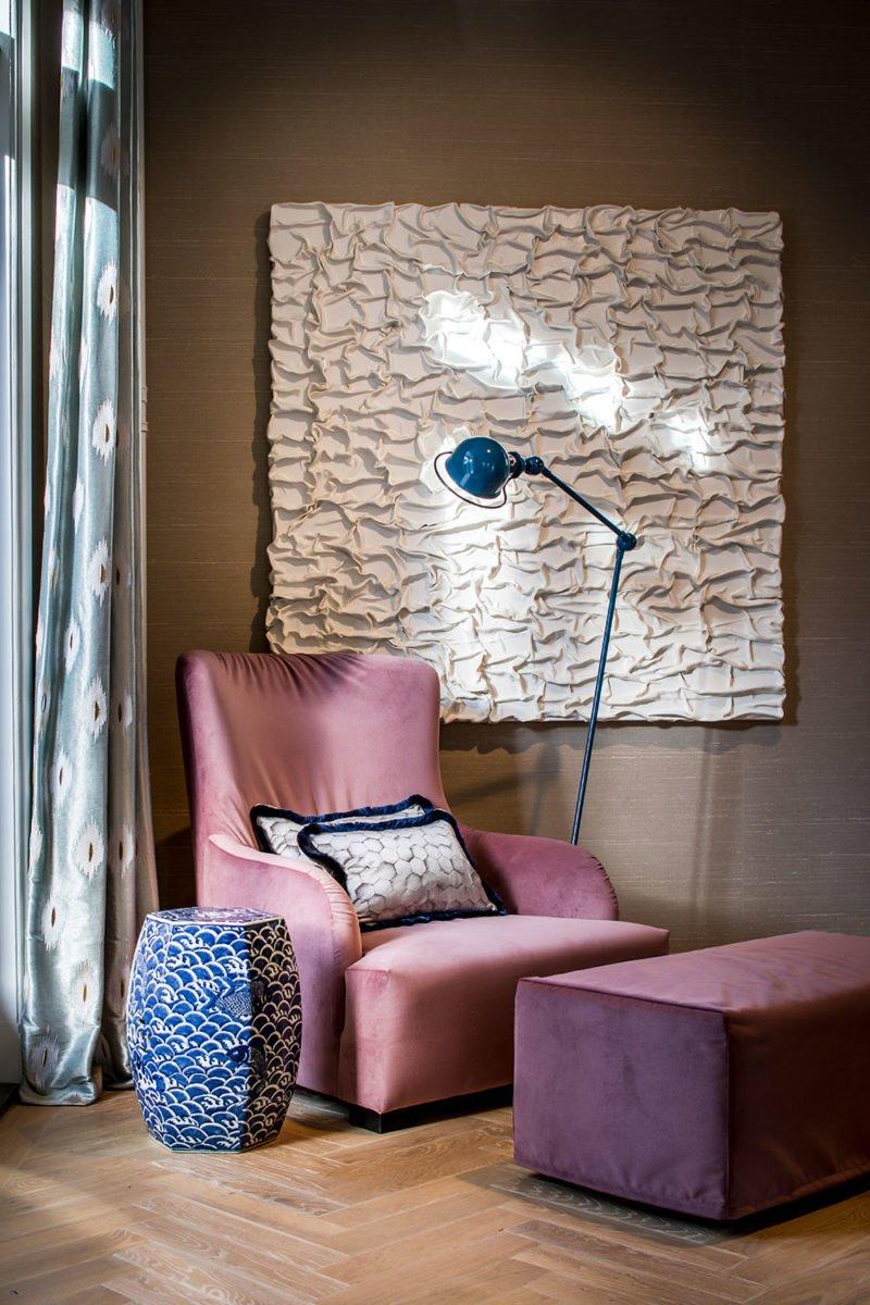 dutch interior design pink sofa