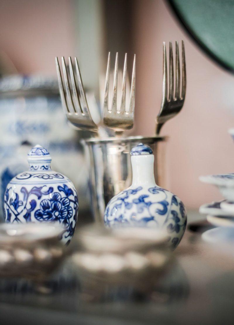 fork blue vase